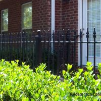 Millgate-courtyard-fence
