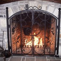 customized-fireplace-screen